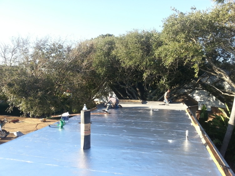 commercial roofing contractors in League City TX